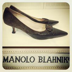 Manolo Blahnik 565.00 dark brown classic kitten heel pumps sz. 40/9; RR Price: 165.00  http://resaleriches.mybisi.com/product/mbbrownpumps