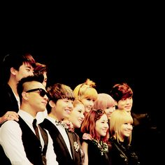 With se7en and 2ne1