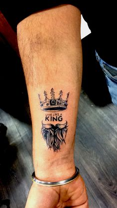 Crown tattoo on the forearm ., Crown tattoo on the forearm . Bodo Matigewsky bmatigewsky Tattoos Crown tattoo on the for King Crown Tattoo, Crown Tattoo Design, King Tattoos, Forearm Tattoo Design, Body Art Tattoos, Sleeve Tattoos, Guy Tattoos, Simple Crown Tattoo, Female Tattoos