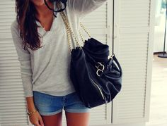 comfy, but stylish, and you canNOT go wrong with a big bag :)