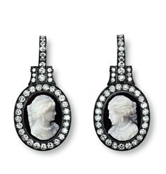 Hemmerle earrings with diamonds and cameos set in white gold and silver