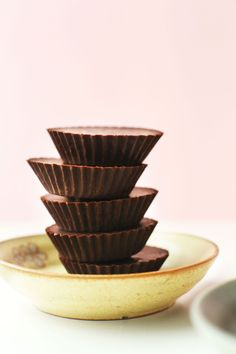Easy Vegan Chocolate - Minimalist Baker