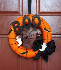 Spooky Halloween, Halloween Door Wreaths, Halloween Door Decorations, Theme Halloween, Halloween Signs, Holidays Halloween, Halloween Crafts, Halloween 2019, Vintage Halloween