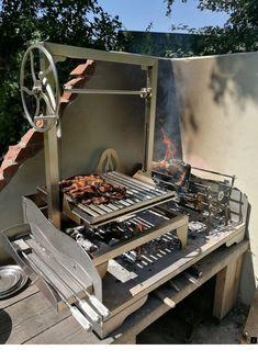 Asado Saltero Parilla Grill on Small Tabletop Fire Table with Brasero UK Diy Grill, Barbecue Grill, Grilling, Barbecue Design, Grill Design, Patio Design, Parilla Grill, Asado Grill, Built In Grill