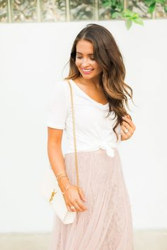3 Details for Girly Style Celebrity Fashion Outfits, Celebrity Style Casual, Fall Fashion Outfits, Girl Fashion, Fall Fashion Week, Summer Fashion For Teens, Fashion For Women Over 40, Boho Summer Outfits, Sundress Outfit