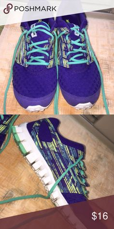 Reebok Realflex running shoes Worn twice, pretty colors, great for running Reebok Shoes Athletic Shoes