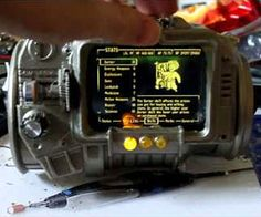 I want this JUST to have it. I love Fallout! Working Pip-Boy 3000 | DudeIWantThat.com