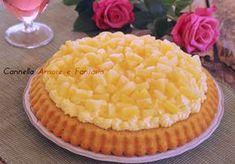 La crostata morbida all'ananas effetto mimosa è una torta semplicissima da preparare ma tanto buona e di grande effetto. Fresca leggera e deliziosa!