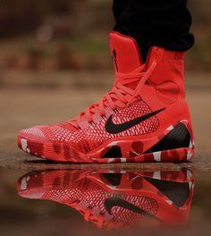 """Nike Kobe 9 Elite """"Knit Stocking"""" (Christmas Pack)   Raddest Men's Fashion Looks On The Internet: www.raddestlooks.org"""