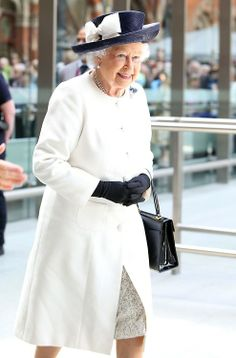 (2) Tumblr. Very nice smile from the Queen.
