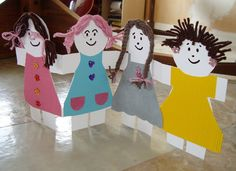 paper doll chain but make each person in the family Paper Doll Chain, Paper Chains, Paper Dolls, Bible Lessons For Kids, Art Lessons Elementary, Art For Kids, Crafts For Kids, Babysitting Fun, Cool Art Projects