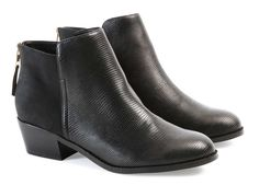 BOOTS POEME