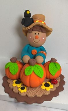 Halloween Party Snacks, Halloween Cakes, Halloween Projects, Clay Projects, Polymer Clay Halloween, Polymer Clay Crafts, Thanksgiving Decorations, Halloween Decorations, Halloween Biscuits