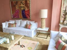 White Ghost sofa of Gervasoni contrast with colored wall. Sofa, Couch, Wall Colors, Contrast, Pillows, Pink, Furniture, Home Decor, Decoration Home