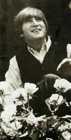 Tu sonrisa la clave de mi vida...te admiro y quiero John...