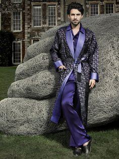 ~ Living a Beautiful Life ~ men's silk robe Pijama Satin, Mens Silk Pajamas, Men's Robes, Old Fashion Dresses, Mens Fashion Magazine, Mens Sleepwear, Smoking Jacket, Looks Style, Nightwear