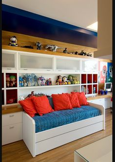 armários e estantes