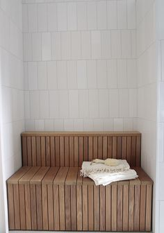 Asuntomessut 2016 - Oivaltavia ideoita ja yksityiskohtia | Esmeralda's Saunas, Outdoor Furniture, Outdoor Decor, Tiles, Modern Houses, Bath Room, Interior Design, Storage, Interiors