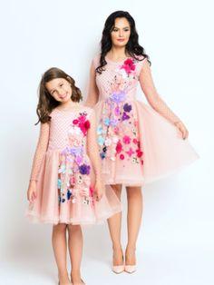 Seturi mama-fiica - Hira Design - Handmade Romania Spring Flowers, Satin, Summer Dresses, Romania, Casual, Handmade, Vintage, Design, Fashion