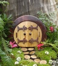 Fairy/elf door
