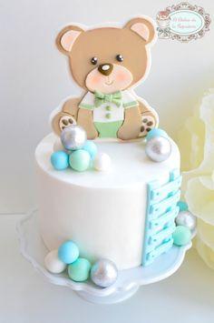 Tarta Osito by El Atelier de la Repostería Baby Boy Cakes, Cakes For Boys, Fondant Cakes, Cupcake Cakes, Baby First Birthday Cake, Torta Baby Shower, Bolo Minnie, Teddy Bear Cakes, Fancy Cakes