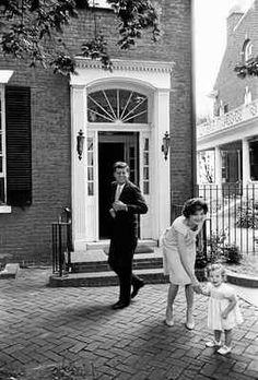 John F. Kennedy, Jacqueline Kennedy and Caroline Kennedy at Georgetown, 1959