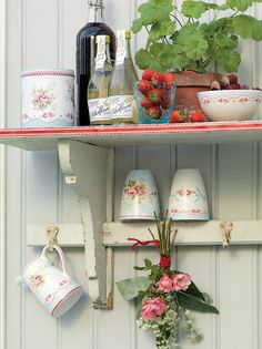 Greengate+DK+Latte+Cups Shabby Chic Home Interior Decor and Gifts Pip Studio, Shabby Chic Homes, Cottage Style, Farmhouse Style, Decoration, Kitchen Decor, Kitchen Ideas, Sweet Home, Interior Decorating