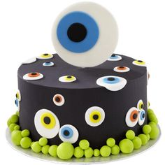 All eyes will be on this freaky fun cake! Use our Ready-To-Use White Rolled Fondant and Wilton Icing Colors to create these eerie eyeballs.