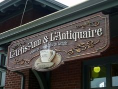 Full View 3D Sign Antiquaire