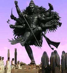 Shiva, Modern statue announcing Nataraja. Rudra Shiva, Mahakal Shiva, Nataraja, Om Namah Shivaya, Angry Lord Shiva, Shiv Tandav, Religions Du Monde, Lord Shiva Statue, Lord Vishnu