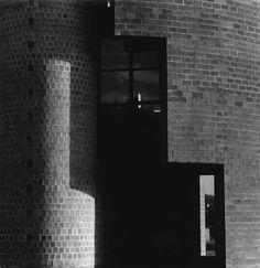 Gabriele Basilico : Round house, Stabio, Ticino Switzerland (1982)    Architect :  Mario Botta   Photo © Gabriele Basilico