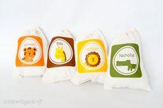 Safari Animals Favor Bags. $2.75, via Etsy.