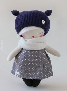 The Tulia doll is made of cotton and stuffed with polyester fibrefill. The face is hand painted with acrylic paint and the eyes are embroidered. Sock Dolls, Doll Toys, Crochet Crafts, Felt Crafts, Sewing Tutorials, Sewing Projects, Handmade Stuffed Animals, Handmade Soft Toys, Sock Animals