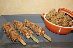 Brochettes de poulet mariné accompagné de pomme de terre sésame