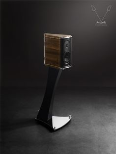 Accordo speaker by Franco Serblin One of my favourite bookshelf, maybe not the most precise speaker, but definitely one of the most delightful to listen to...