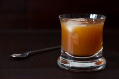 This Apple Rye Punch is fall in a tumbler.