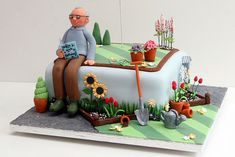 Side view of a gardener's cake. Fondant Cakes, Cupcake Cakes, Vegetable Garden Cake, Allotment Cake, Dad Birthday Cakes, Garden Birthday Cake, 90th Birthday, Rodjendanske Torte, Dad Cake