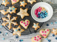 Butter Cookies - Simple and Delicious The best baking recipes with guaranteed success - Simple cookies to cut out - Christmas Sweets, Merry Christmas, Biscotti, Christmas Cookies, Baking Recipes, Sweet Treats, Deserts, Food And Drink, Breakfast