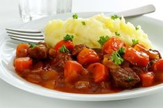 Danish Food, Snack Recipes, Snacks, 20 Min, Lchf, Stew, Mashed Potatoes, Nutrition, Meat