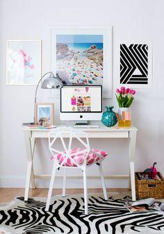 Schreibtisch Stuhl Design Weiß Dekokissen Bilder Tulpen