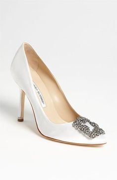 Manolo Blahnik 'Hangisi' in white - a perfect wedding shoe!