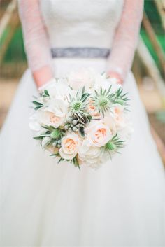 Beautiful neutral toned wedding bouquet that would work all year round, photographed Jacob and Pauline Photography #weddingflowers #bouquet