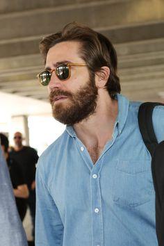 Jake Gyllenhaal arrives in Cannes for Okja as first trailer with Tilda Swinton released Donnie Darko, Beard Lover, Man Beard, Tilda Swinton, Hair And Beard Styles, Bearded Men, Bearded Dragon, Haircuts For Men, Maggie Gyllenhaal