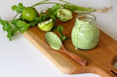 Creamy Coriander and Lime Yoghurt Dressing – The Holistic Ingredient
