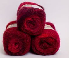 Amazing Wool and Acrylic Yarn Roses
