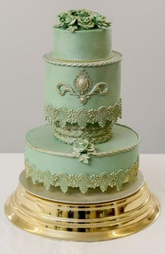 Baroque style cake by Dita Lee Cakes
