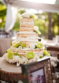 Who says you need frosting?! We love this naked #wedding cake! #weddingcake #dessert #weddingideas {BRC Photography}