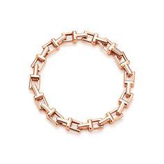 Tiffany T Chain Armband aus 18 Karat Roségold, Medium. | Tiffany & Co.