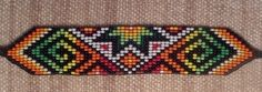 Latin-Artesanias-Colombia: PULSERAS-MANILLAS EN CHAQUIRA Beaded Bracelet Patterns, Bead Loom Patterns, Peyote Patterns, Beading Patterns, Beaded Bracelets, Seed Bead Art, Seed Beads, Native American Beading, Loom Beading