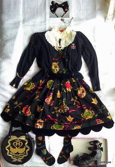 -Innocent World (IW), Alice and the Pirates (AatP), Baby the Stars Shine Bright (BABY/BtssB), Angelic Pretty (AP), Jane Marple (JM), and Metamorphose (Meta) Gothic Lolita Fashion Plus Bow -イノセントワールド・アリスアンドザパイレーツ・べイビーザスターズシャインブライト・アンジェリックプリティ・ジェーンマープル・メタモルフォーゼのゴッシクロリータファッションコーディネートです!
